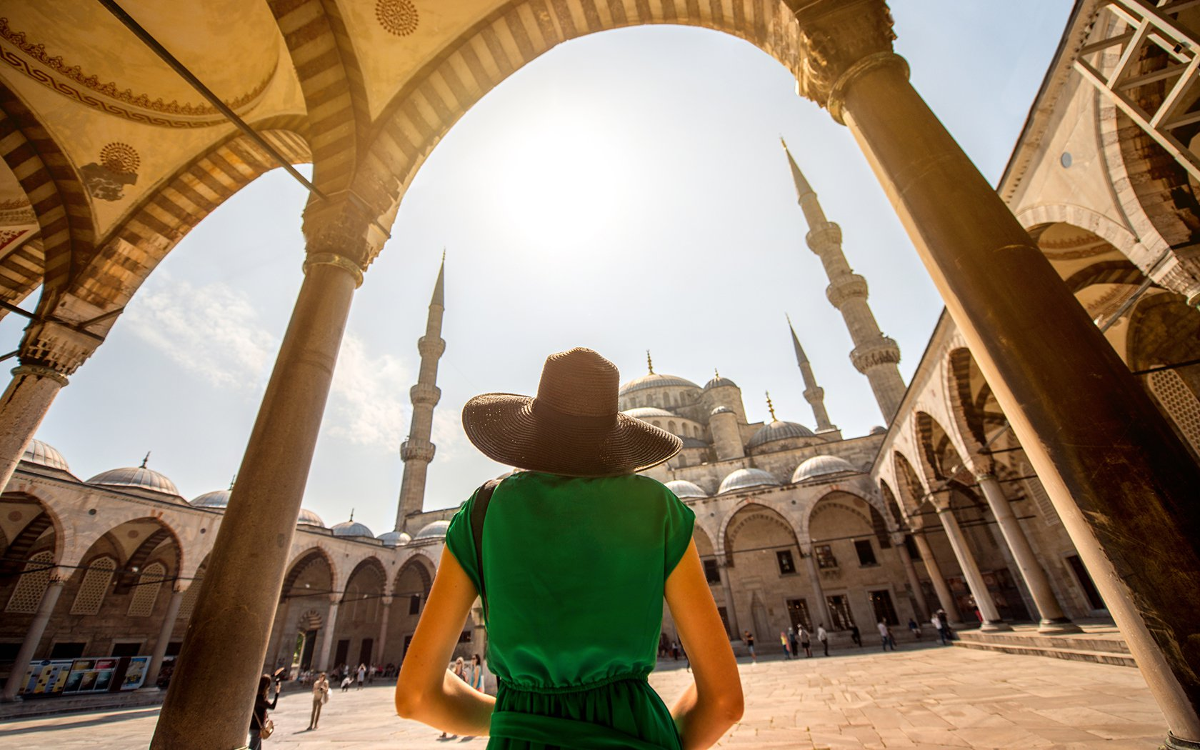 Visit Istanbul alone and safe